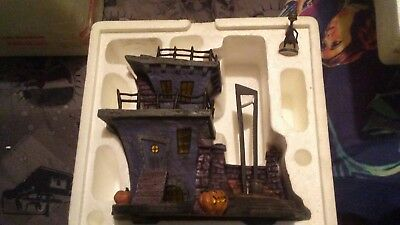 Hawthorne Village Nightmare Before Christmas GUILLOTINE HILL