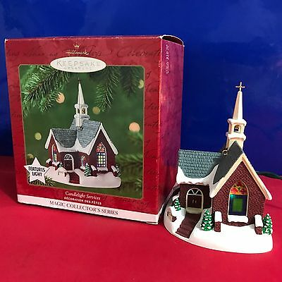 Hallmark Features Light Ornament Candlelight Services 2001 NEW B11