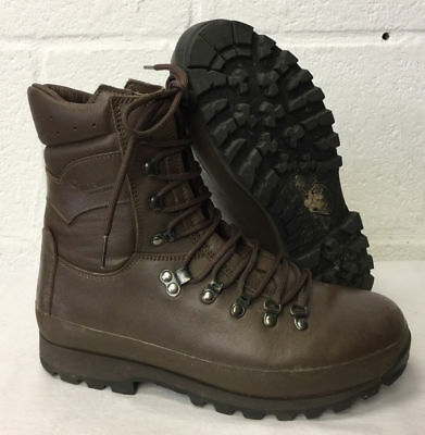 Altberg combat brown leather boots - British Army  - UK 10M