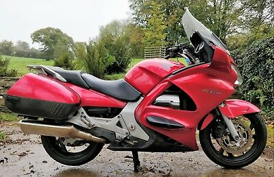 2004 HONDA ST1300 PAN EUROPEAN 64120mls VERY FULL STAMPED SERVICE HISTORY