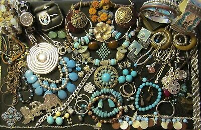 Mixed Vintage to Now Costume Jewelry all wear or resale Lot  61 pc    ML - 12