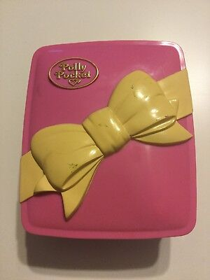 Vintage Polly Pocket Star Bright Dinner Party Bow Compact LIGHTS UP set. (bin3)