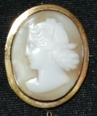 9 carat solid gold & carved shell cameo vintage Victorian antique brooch