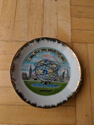 1964-1965 New York World's Fair Souvenir Porcelain Plate-Good Condition