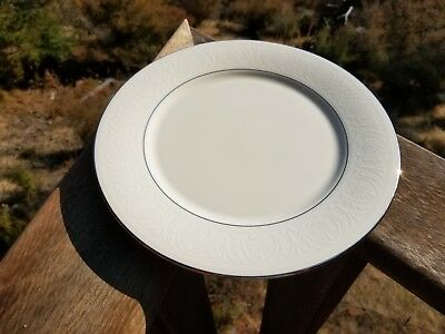 "4 Lenox 10.5"" Courtyard Platinum Cream China Dinner Plates made in the USA"