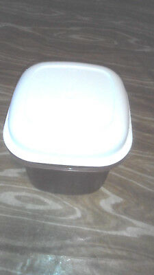 Tupperware brown and white canister