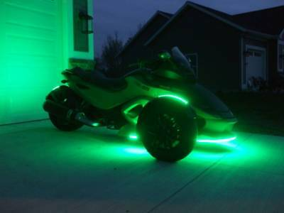 2012 Can-Am RS-S  2012 Can Am Spyder RS-S (sport model) SE5 (semi-automatic 5-speed)