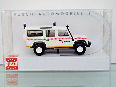 BUSCH 50319 - H0 1:87 - Land Rover Defender »Malteser« - NEU in OVP