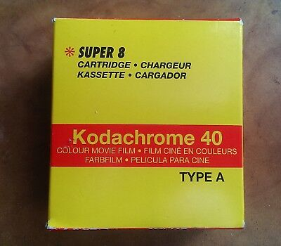 Kodachrome 40 super 8 cartridge (out of date) Cartucho super 8 (caducado)