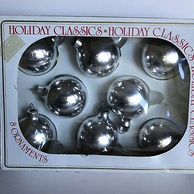 Vintage Christmas Glass Ornaments Eight Silver Balls Holiday Classics In Box