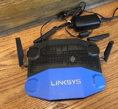 Linksys WRT1900AC 1300 Mbps 4-Port Gigabit 802.11 a/b/g/n/ac Router