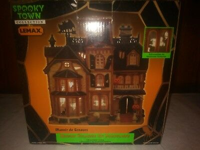 Lemax Spooky Town Halloween Collection GREAVES MANOR 2002