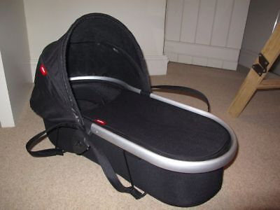 Moses Basket - Peanut Carrycot - Fits vibe & verve - Phil & Teds - LIKE NEW
