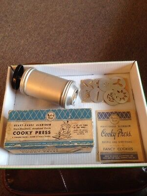 Vintage Maid Of Honor Cooky Press