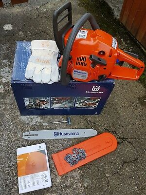 "Husqvarna 236 Petrol Chainsaw, 14"" BRAND NEW PLUS FREE STIHL GLOVES"
