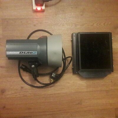 Elinchrom D-Lite 2 flash light with accessory