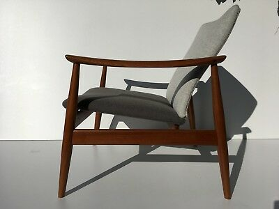 Authentic Finn Juhl FD138 Teak Easy Lounge Chair Danish Mid Century Modern 1960s