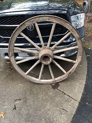"Vintage/Antique 46"" wagon wheel Steel Rim Solid Ornate Hub Very Good"