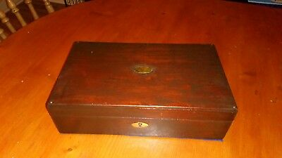 Vintage - Antique Wooden Trinket/jewellery Box