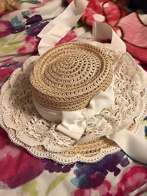 Lovely White Lace Trimmed Baby the Stars Shine Bright Hat: THIS IS RARE