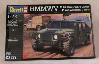 HMMWV (2 kits!)  M998 Cargo/Troop Carrier - M1025 Armament Carrier - Revell 1/72