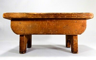 Mid-Late 19Th C American Antique Handmade Wood Foot Stool, In Dry Orig Red Wash