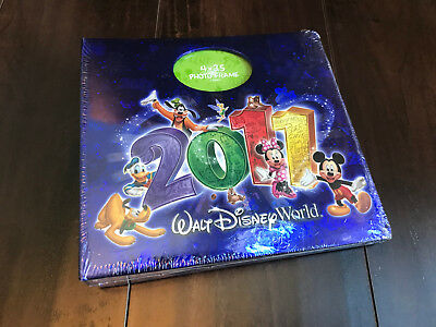 NEW Walt Disney World 2011 Photo Album Pictures 200 4x6 Pictures CD Sleeve Parks