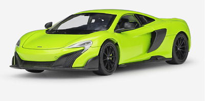 Welly 1:24 McLaren 675LT Diecast Model Sports Racing Car Toy NEW IN BOX White