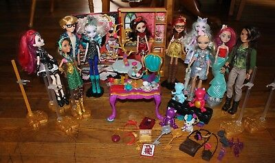 Ever After High 10 Doll Lot- includes 9 first wave Dragons Huntsman Alistair +++