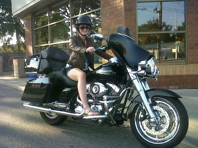 Harley Street Glide - With Tour Pack Harley Street Glide - With Tour Pack
