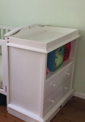 Boori White Change Table with Drawers and Boori Change Mat