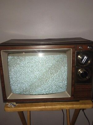 Vintage 1985 Rca Xl-100 13 Inch Color Tv Model# Elr330W