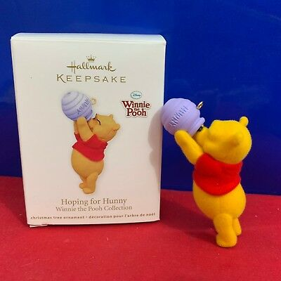 Hallmark Winnie The Pooh Ornament Hoping For Hunny 2011 New DC4