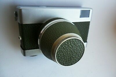 Carl Zeiss Tessar Werra Olive Green 35mm vintage camera and case. Excellent.