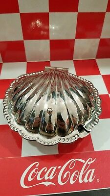 VTG Silver Plate Hinged Clam Shell Caviar/Butter/Jam Dish with Glass Insert