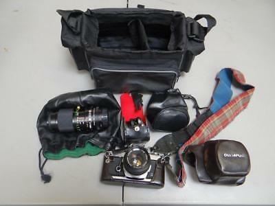 Olympus OM-1 35mm Camera With Rollei Flash + Vivitar Lenses + Bag HM5667