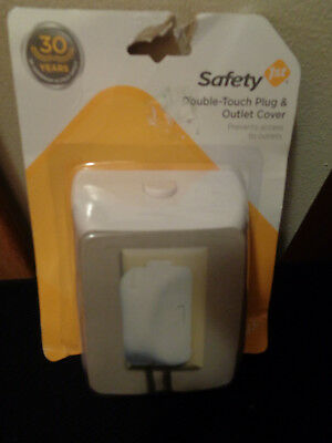Safety 1st Double-Touch Plug & Outlet Cover White 2 pack