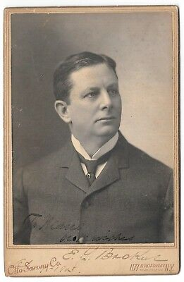 Original Signed SARONY Cabinet Card Photo of Stage Actor