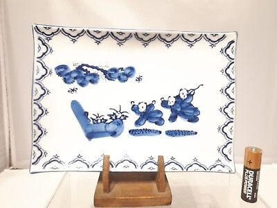 """Japanese Antique 20thC Blue & White  Signed Hand painted Dish / Bowl 7.25"""""""