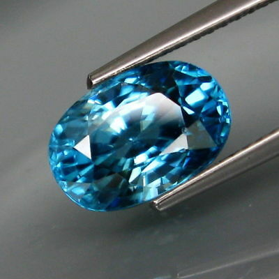 4.65Ct.Ravishing Color&Full Fire! Natural BIG Top Blue Cambodian Zircon