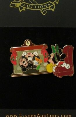 Disney Auctions Sitting Fireplace Fab 4 Goofy Mickey Donald Christmas Le 500 Pin