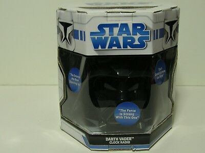 NEW IN BOX Star Wars DARTH VADER AM/FM Alarm Clock / Radio