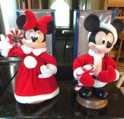 mickey and minnie mouse animated christmas figures 18 santas best disney