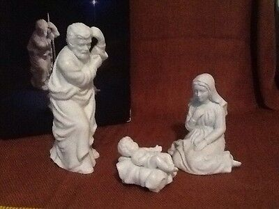 Vintage Avon Nativity Collectibles Holy Family Porcelain Figurines1981