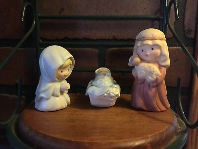 Vintage Avon Heavenly Blessings Nativity IOB The Holy Family Mary Joseph Jesus