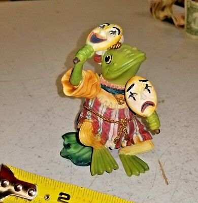 Aristocratic Actor camelot frogs collection ,, !!!!! FREE SHIPPING !!!!!!!.