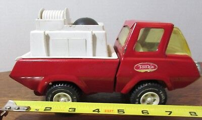 """Vintage Tonka  Rescue vehicle  1970's 8"""" RED FIRE TRUCK"""