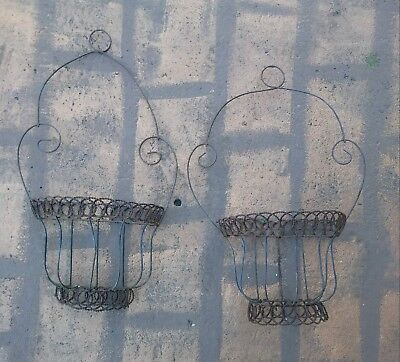 Vintage Bent/ Twisted Wire Wall Basket Rustic/ Shabby Chic Garden Decor Antique?