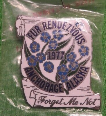 1977 Anchorage Alaska FUR RENDEZVOUS FORGET ME NOT Brooch Pinback Pin