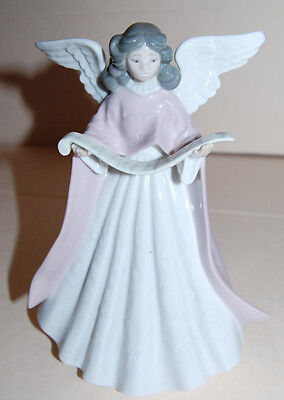 LLADRO LAVENDER SINGING ANGEL CHRISTMAS TREE TOPPER # 5831 discontinued figurine
